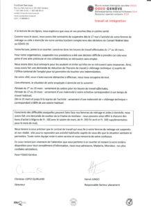 Contenu du courrier envoyé aux utilisateurs des prestations EcoDom Services à domicile, reçu le 8 avril 2020 : « A la lecture de ces lignes, nous espérons que vous et vos proches êtes en pleine santé. Comme vous le savez, nous avons été contraints de suspendre dès le 17 mars l'activité de votre femme de ménage ou aide à domicile via notre service EcoDom compte tenu des décisions du Conseil fédéral liées au COVID-19. […] Pour notre organisation, suspendre nos prestations a été une décision difficile à prendre car cela vous prive d'une aide précieuse et nos collaboratrices se retrouvent sans emploi. Nous avons donc tout entrepris pour les soutenir et éviter qu'elles ne se retrouvent sans ressources. Ainsi, nous avons fait une demande de réduction de l'horaire de travail (« chômage technique ») auprès de l'Office cantonal de l'emploi pour lui permettre de toucher une indemnisation. […] En encadré : Conscients des difficultés auxquelles peuvent faire face nos femmes de ménage et aides à domicile, nous avons fait une demande de soutien de la Chaîne du Bonheur : nous pouvons ainsi offrir à chacune des bons d'achat à Migros de FR. 100.- avec le salaire de mars, de Fr. 200.- fin avril et Fr. 200.- supplémentaires pour le mois de mai). […] Hors encadré : En vous remerciant vivement de l'attention que vous porterez à ce courrier et restant à votre entière disposition pour tout complément d'information, nous vous adressons, Madame, Monsieur, nos plus cordiales salutations. Pour l'OSEO Genève : Christian Lopez Quirland (Directeur) et Hervé Jungo (Responsable secteur placement)